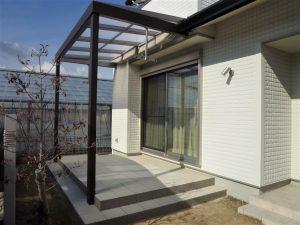 岡崎市エクステリア外構タイルデッキとテラスで、リビングとお庭をつなぐ癒しの空間を演出
