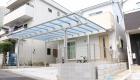 愛知県岡崎市の新築エクステリア:高低差のある土地でも設置可能なカーポート